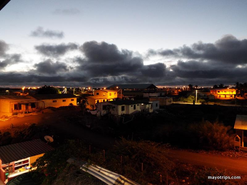Vista da cidade de cima do meu quarto no hostel